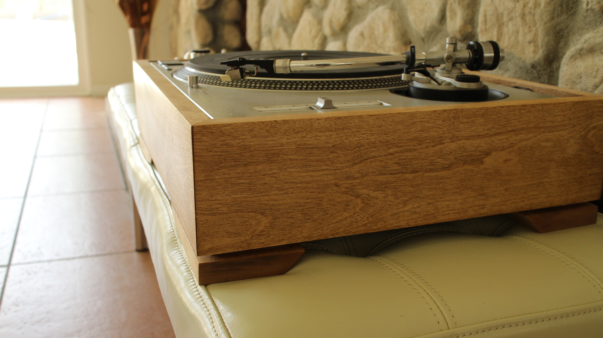 The Modern Turntable sideview